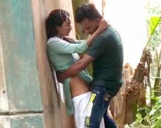 desi girl with boyfriend