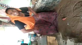 village aunty showing pussy